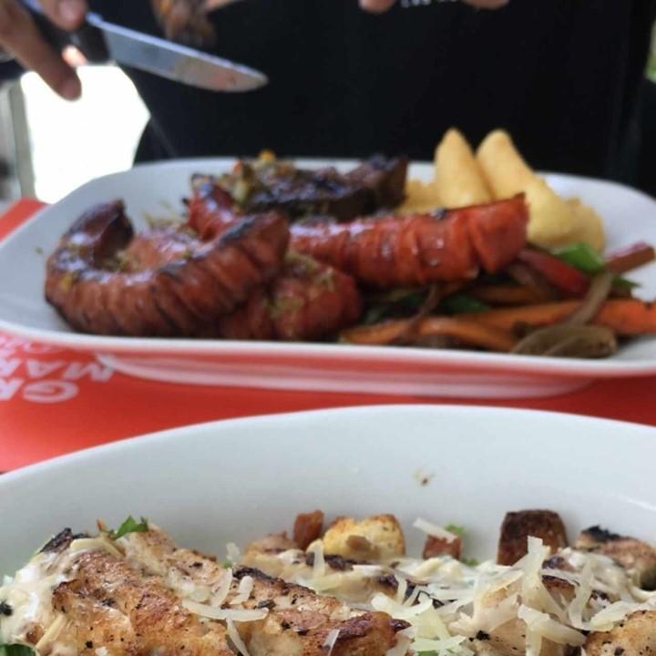 camilo ibrahim issa - Camilo Ibrahim Issa: Grill Market & Deli celebraron su XV aniversario