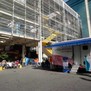 camilo ibrahim issa - Centro Comercial Expreso Chacaíto realizó jornada de despistaje del cáncer