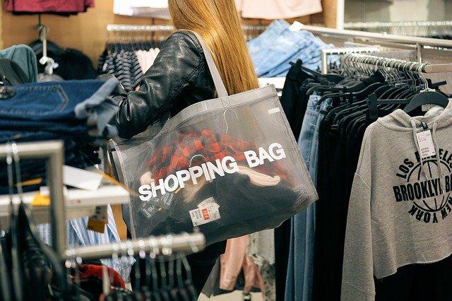 camilo ibrahim issa - 4 estrategias de marketing para centros comerciales